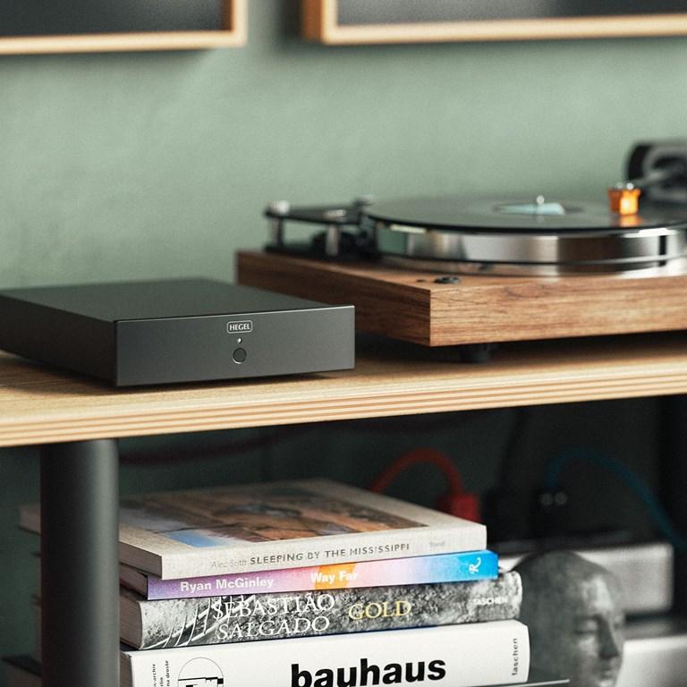 HEGEL V10 RIAA-förstärkare