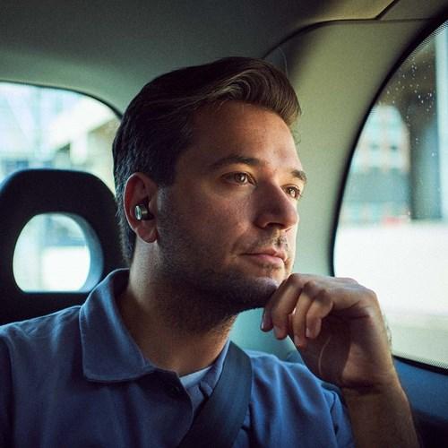 Bowers & Wilkins PI7 Trådløs in-ear hodetelefon