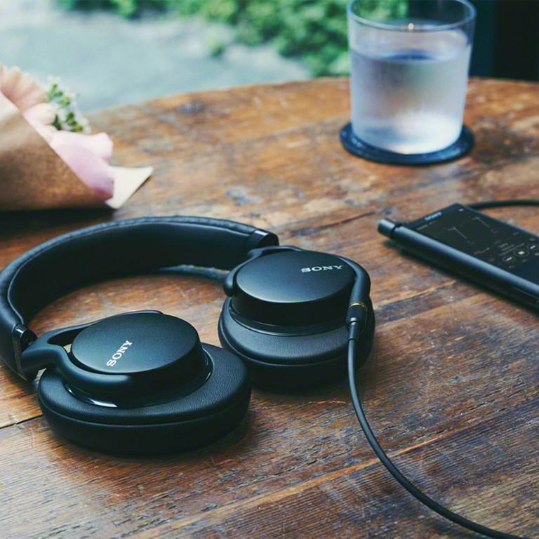 Sony MDR-1AM2 Head-fi høretelefoner