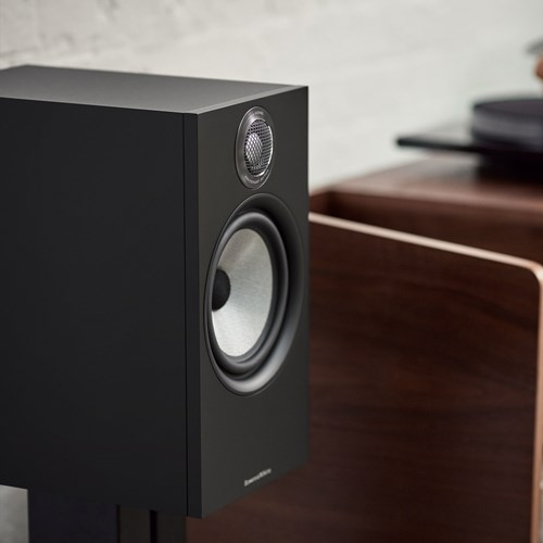 Bowers & Wilkins 606 S2 Anniversary Edition Kompakt högtalare
