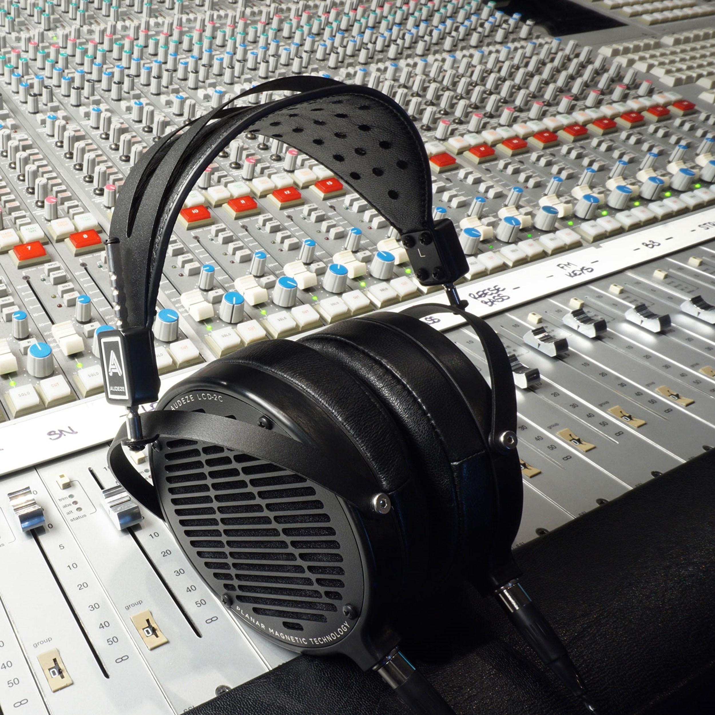 Audeze LCD-2 Classic Head-fi høretelefoner