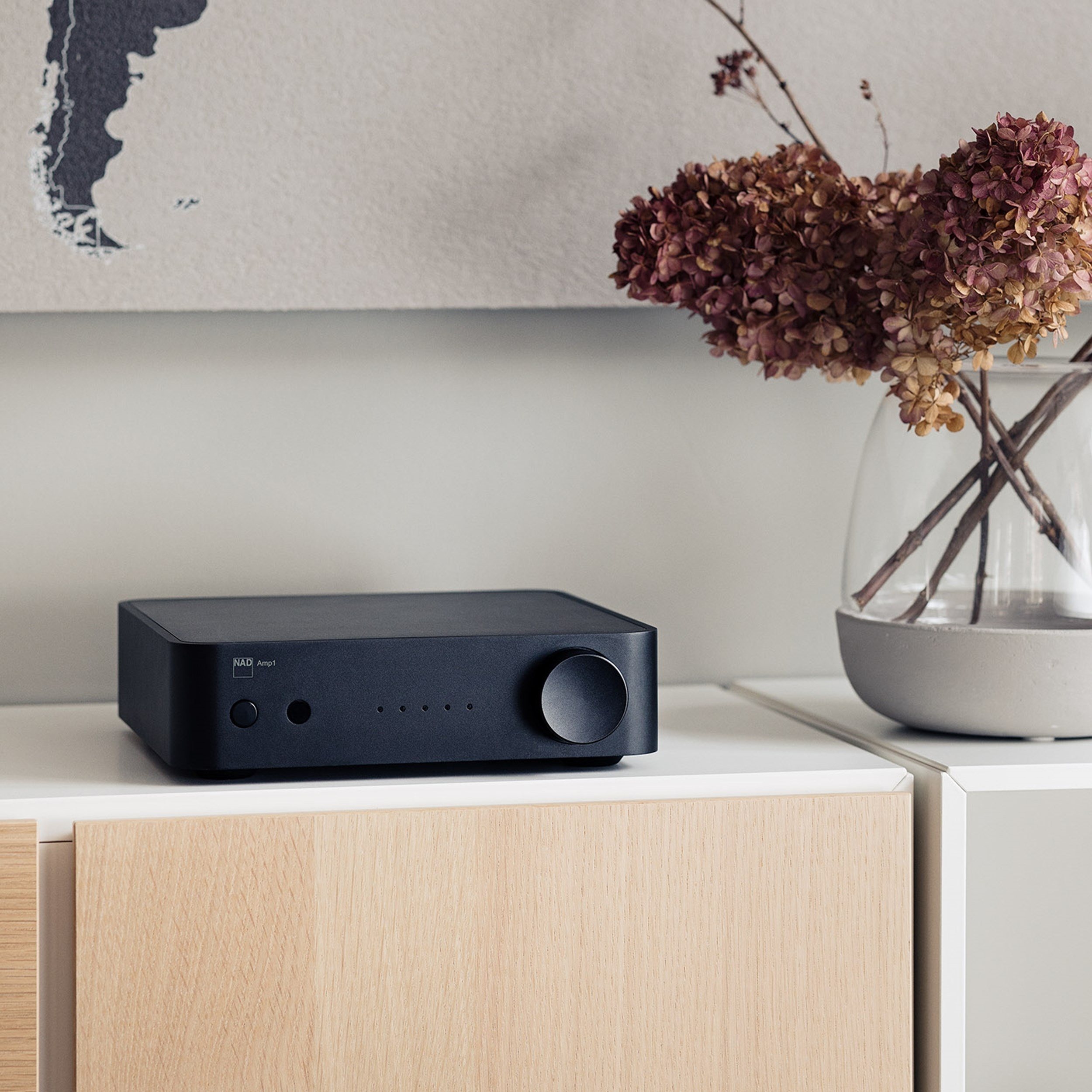 NAD AMP1 Stereoförstärkare med streaming